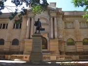 Sydney_monument