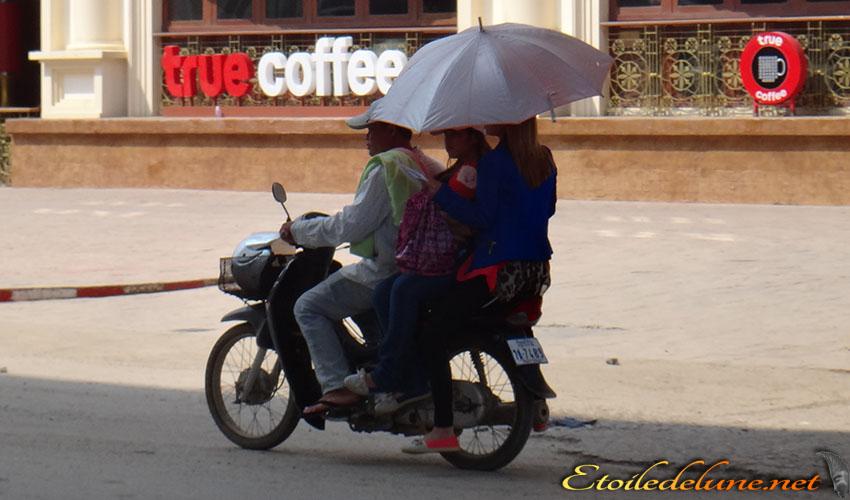 MOYENS DE LOCOMOTION_THAILANDE (1)
