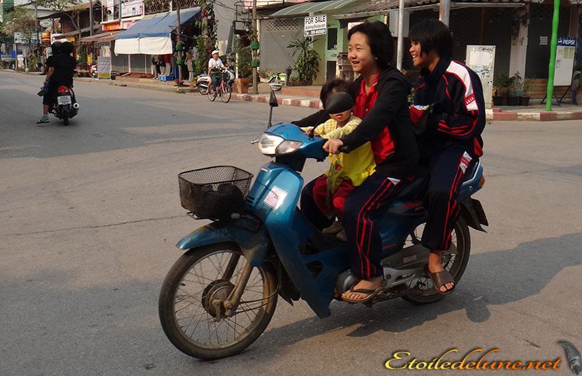 MOYENS DE LOCOMOTION_THAILANDE (50)