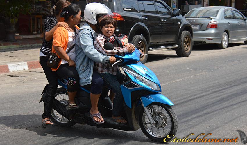 MOYENS DE LOCOMOTION_THAILANDE (56)