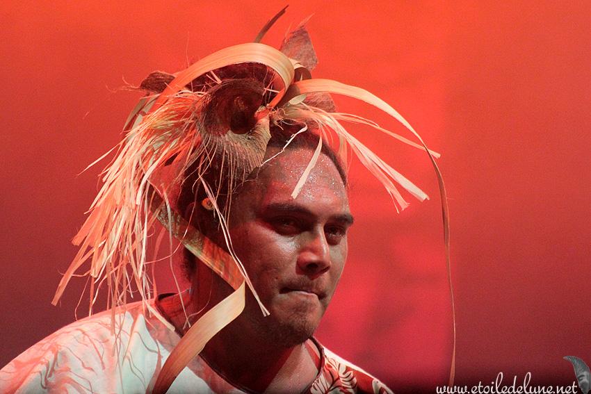 Danses polynésiennes sur la place des cocotiers