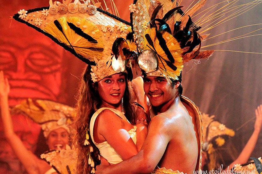 NOUVELLE CALEDONIE : danses traditionnelles polynésiennes