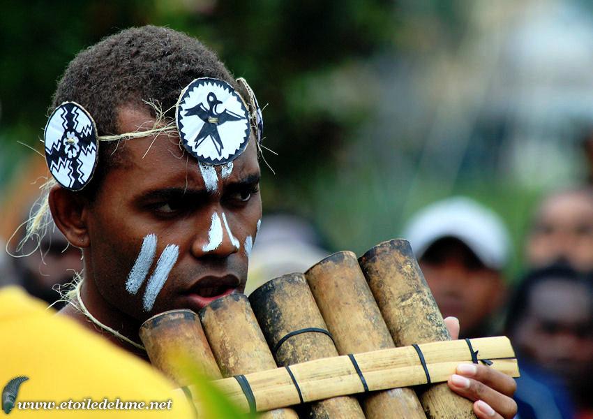 VANUATU : danseurs des îles SALOMON