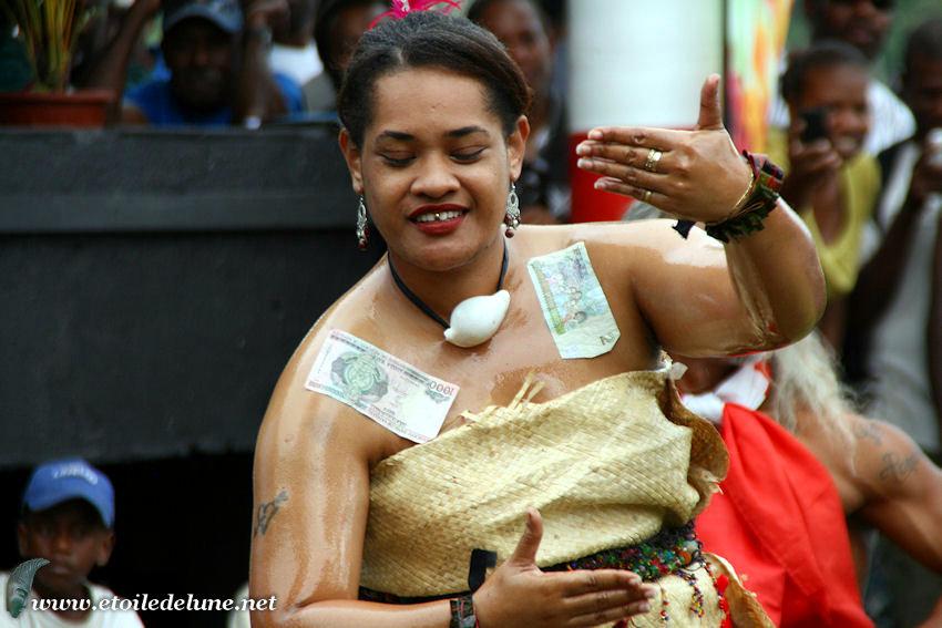 VANUATU : groupes de danses des Fidji, Samoa, Tonga