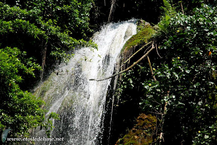 VANUATU : des cascades spectaculaires…