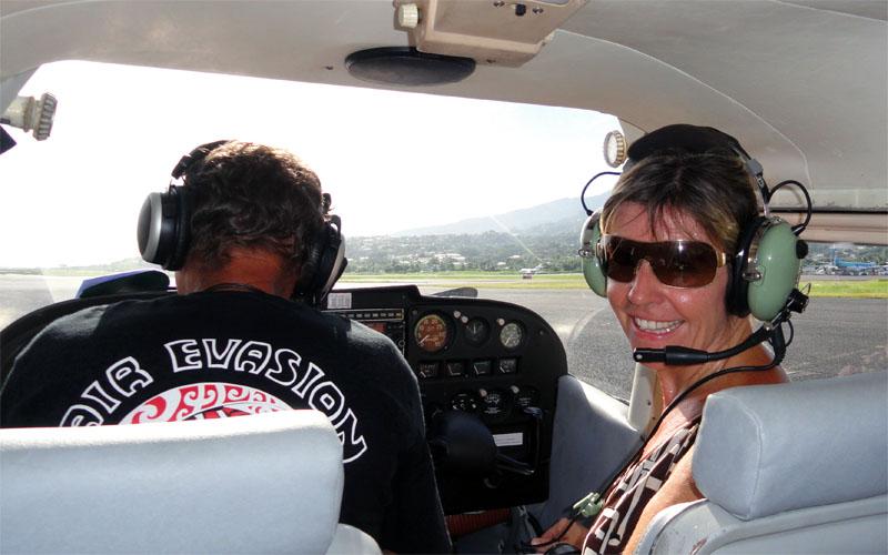 POLYNESIE, TAHITI : tour en avion
