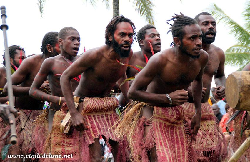 VANUATU : danseurs de Pentecôte