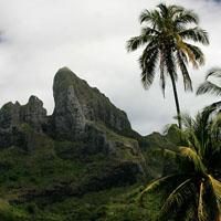 BORA BORA  la grotte Anao Pe'a et la grotte aux oiseaux du mont Pahia et Otema