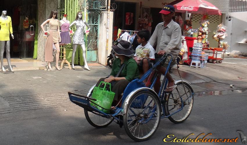De Angkor à Phnom Penh