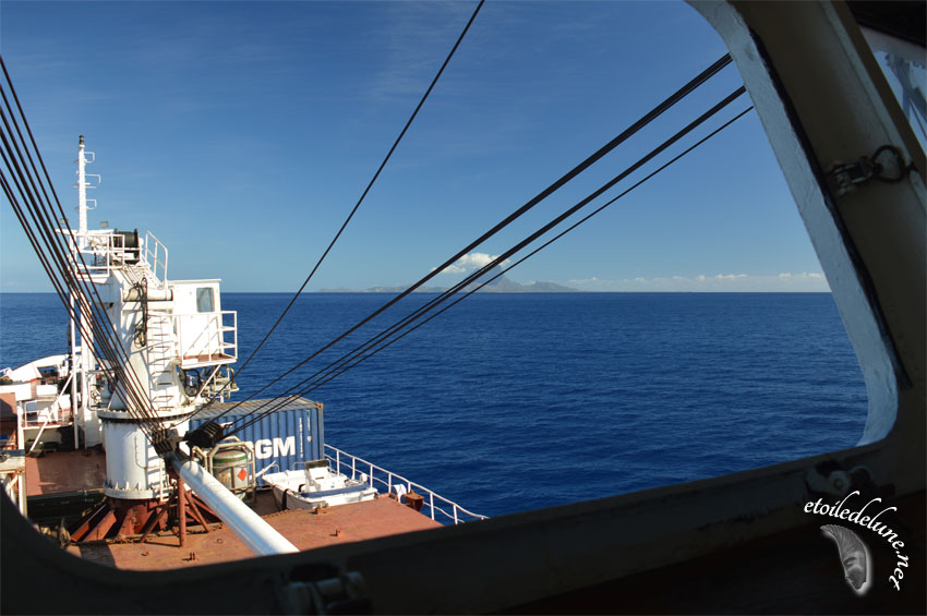 Tahiti – Bora Bora en cargo Hawaiki Nui