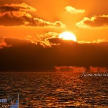 L'année s'en va doucement, comme le soleil se couche sur l'horizon