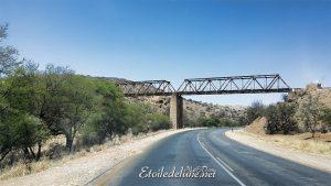 """Un décor de """"Mad Max"""" à la sortie de Windhoek"""