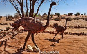 Sculpture de la faune habituelle en Nambie