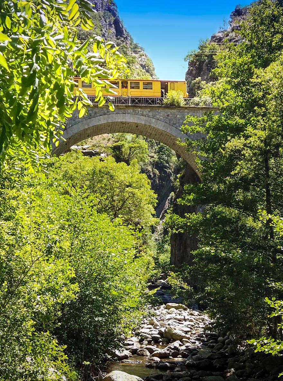 Le petit train jaune - pyrenees orientales - caranca - sp