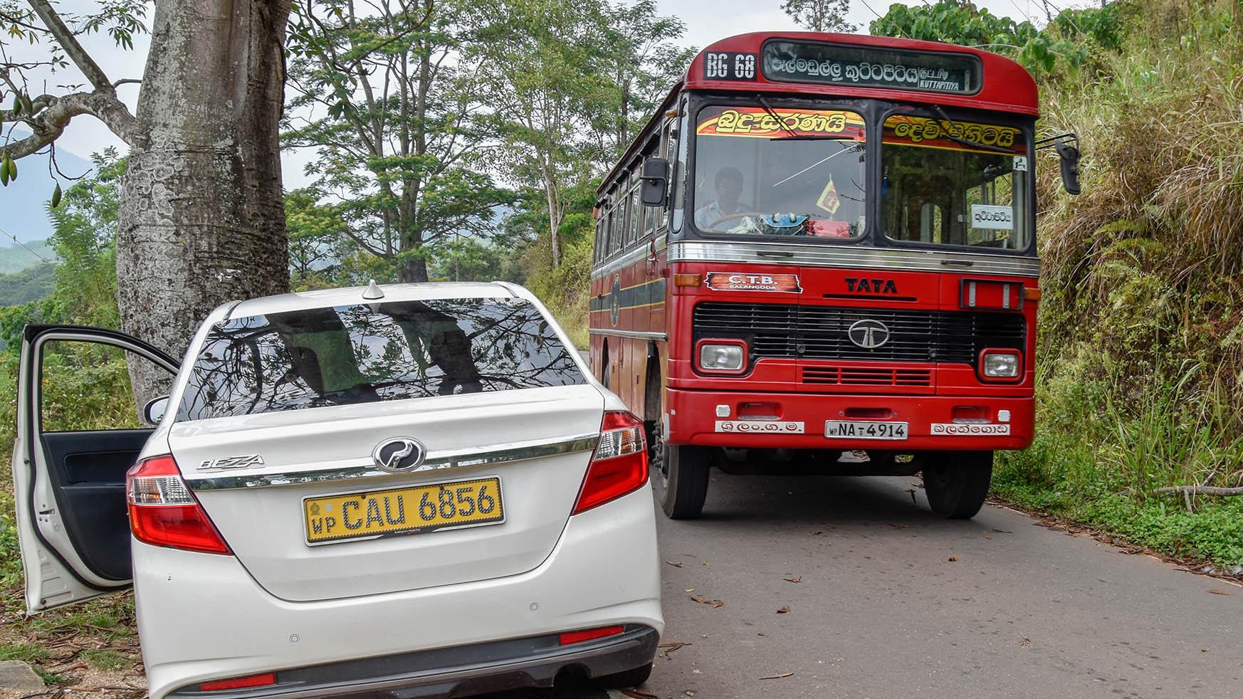 Sri lanka - routes - bus_01